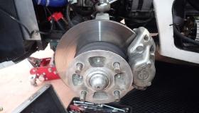 ブレーキパッド・ローター 修理・交換